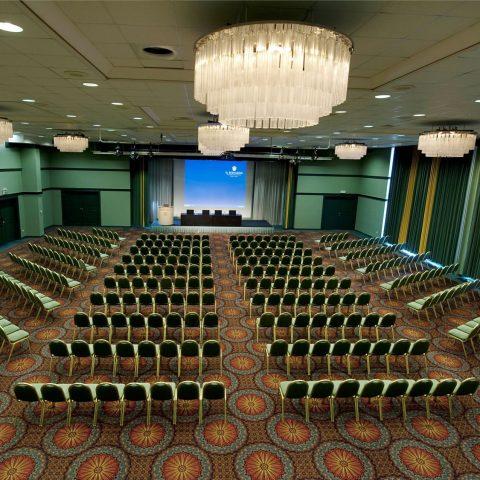 smaragdna-dorana-emerald-ballroom-11-nadstropje